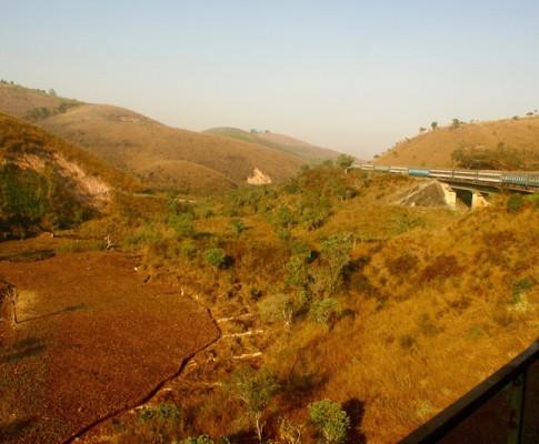 Mit dem Zug durch Tansania – die TAZARA-Line